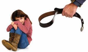 Как родители вколачивают блоки в своих детей