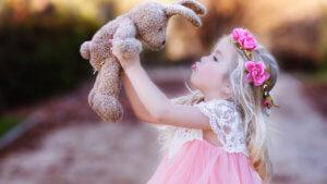 Как воспитать девочку уверенной и счастливой